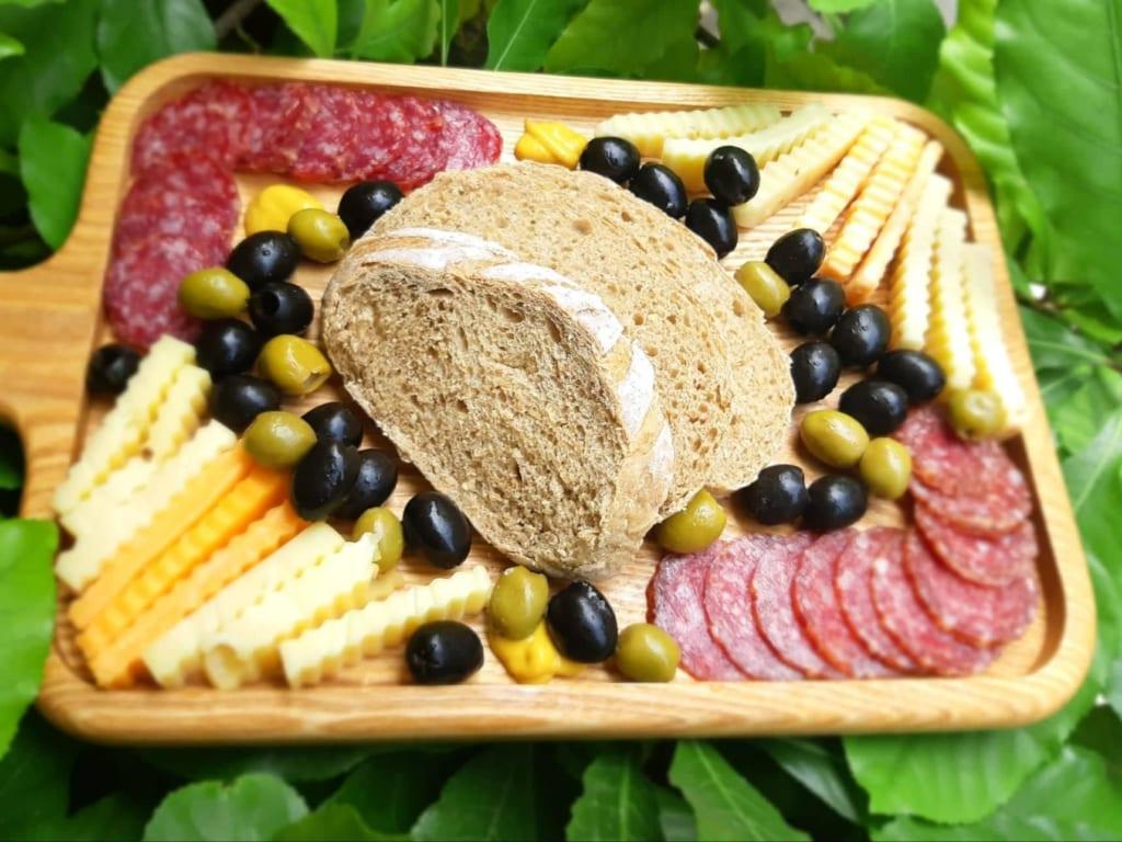 Nên kết hợp ăn bánh mì cùng những loại thực phẩm giàu dinh dưỡng khác